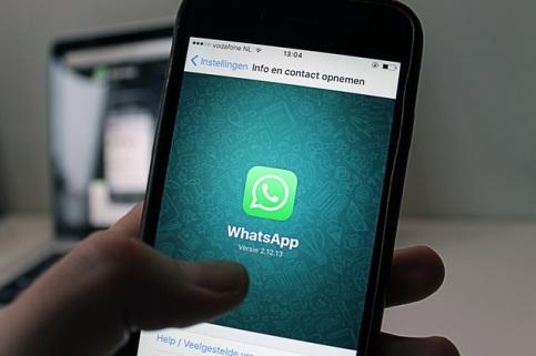 WhatsApp english group